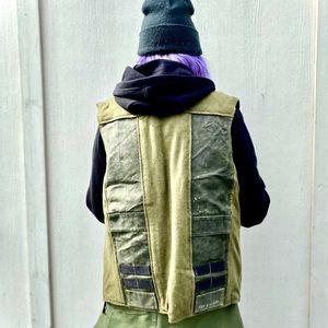 🦊 FOX & VIXEN Vintage Panel Vest Military Green